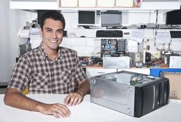 Naprawa PC – odzyskiwanie danych